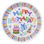 Placa de la celebración del feliz cumpleaños platos para fiestas