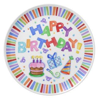 Placa de la celebración del feliz cumpleaños plato