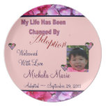 Placa de la foto de la adopción con los corazones  platos para fiestas