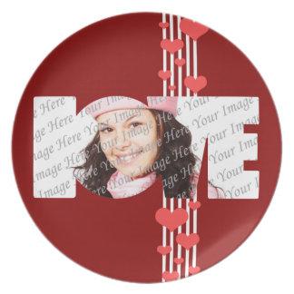 Placa de la foto del amor de la tarjeta del día de platos de comidas