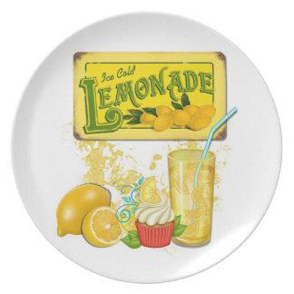 Placa de la limonada plato de comida