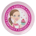 Placa de la magdalena del chica ilustrada plato para fiesta
