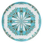 Placa de las flores blancas de la aguamarina platos para fiestas