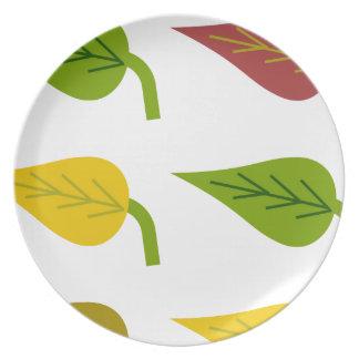 Placa de las hojas de otoño platos para fiestas