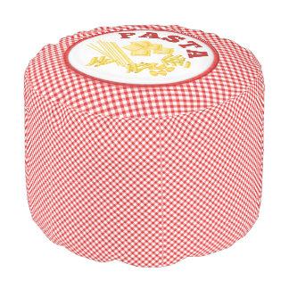 Placa de las pastas en controles rojos y del puf redondo