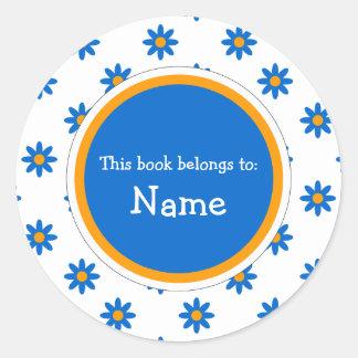 Placa de libro con diseño floral lindo pegatina redonda