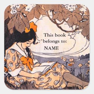 Placa de libro de lectura del chica del vintage pegatina cuadrada