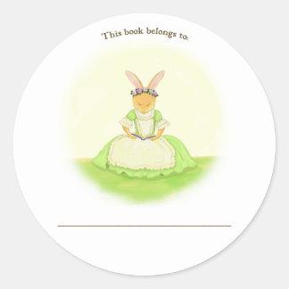 Placa de libro de Personalizeable del conejo de la Pegatina Redonda