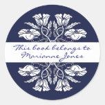 Placa de libro floral de Nouveau del arte del Pegatinas Redondas