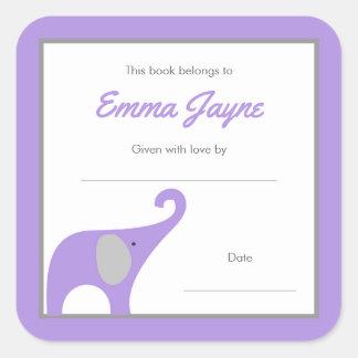 Placa de libro púrpura de la fiesta de bienvenida pegatina cuadrada