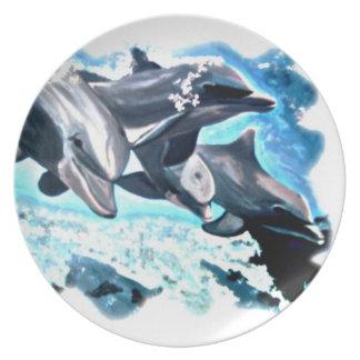 Placa de los delfínes plato de comida