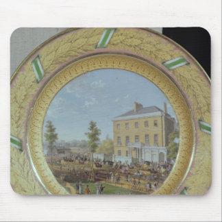 Placa de Meissen, adornada con una escena de Tapetes De Ratones