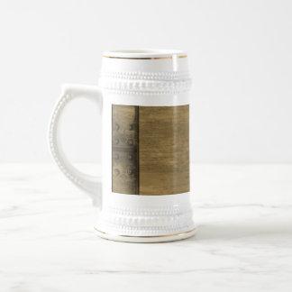 placa de metal sucia clavada del oro jarra de cerveza