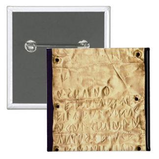 """Placa de oro con la """"breve"""" inscripción de Etrusca Pin Cuadrado"""