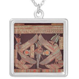 Placa de pecho que representa Osiris, dios de Joyerías