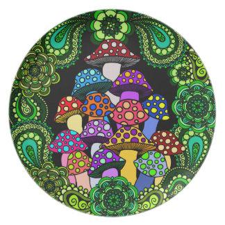 Placa decorativa de las setas coloridas plato