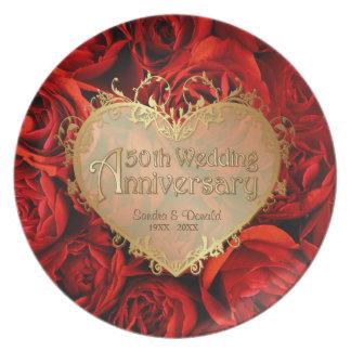 Placa del aniversario de boda del rosa rojo 50.o plato de cena