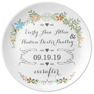 Placa del aniversario de la fecha del boda de la p plato de cerámica
