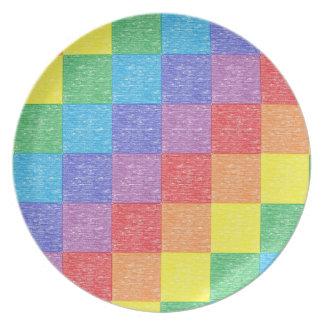 Placa del arco iris del remiendo platos para fiestas