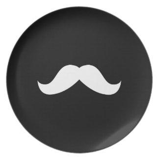 Placa del bigote platos