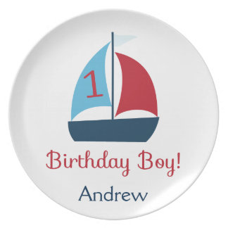 Placa del muchacho del cumpleaños del velero platos