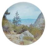 Placa del rastro del Mt Whitney por la sabana del Plato De Cena