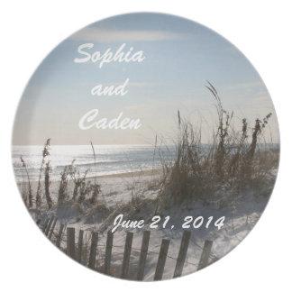 Placa del recuerdo de la fecha del boda plato de cena