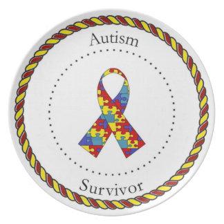 Placa del superviviente del autismo plato