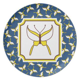 Placa del vuelo de la mariposa - azul platos para fiestas