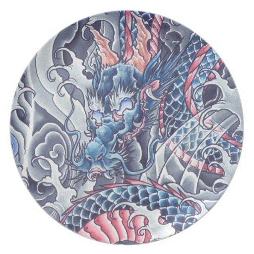 Placa esmeralda oriental fresca del tatuaje   del  plato