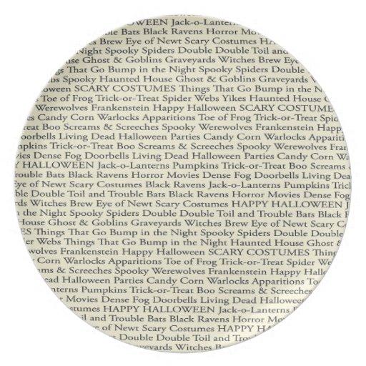 Placa fantasmagórica de la impresión de la palabra platos