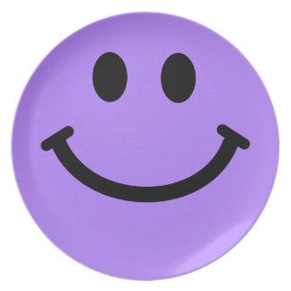 Placa frontal sonriente púrpura grande plato