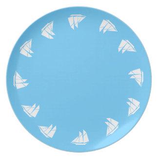 Placa - gráfico del barco de vela plato para fiesta