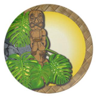 Placa hawaiana 01 de Tiki Lauhala Platos