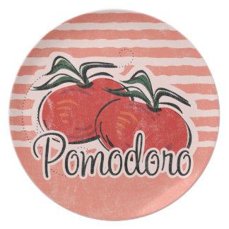 Placa italiana del tomate plato de cena