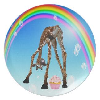 Placa linda divertida de la jirafa de la magdale platos para fiestas