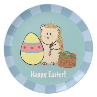 Placa linda feliz del huevo de la pintura del plato de cena