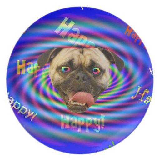 Placa loca feliz del perro del barro amasado platos