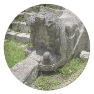 Placa maya de la ruina de la serpiente plato