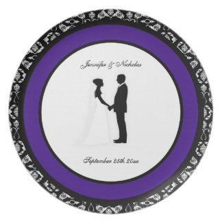 Placa negra, blanca y púrpura del boda del damasco platos
