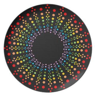 Placa negra de Starburst del arco iris manchado Platos Para Fiestas