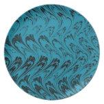 Placa negra del pavo real de las ondas retras plato de comida