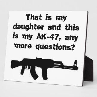 Placa para que papás cuelguen en garaje