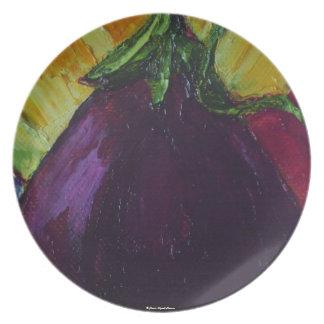 Placa púrpura de la berenjena plato