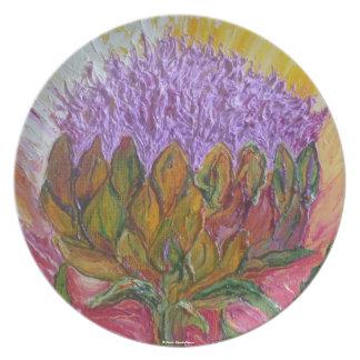 Placa púrpura del flor de la alcachofa platos de comidas