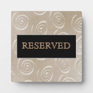placa reservada del restaurante de la tabla