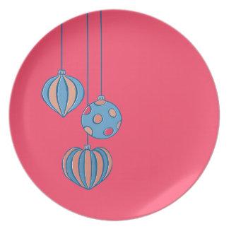 Placa retra del rojo de las bolas del navidad plato
