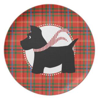 Placa roja de la tela escocesa del navidad del per plato para fiesta