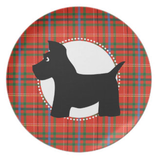Placa roja de la tela escocesa del perro del escoc platos