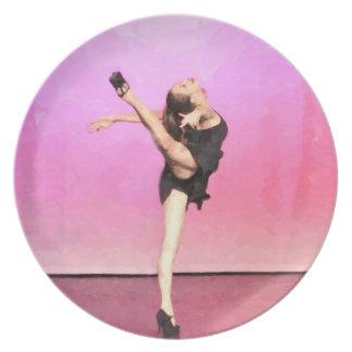 Placa rosada del arte del bailarín platos de comidas